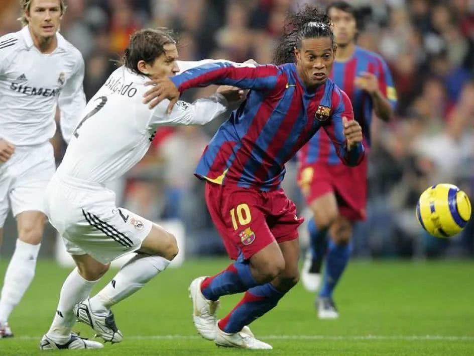 No entendemos a Ronaldinho en absoluto, ¡se pone en el reino más alto de la vida!